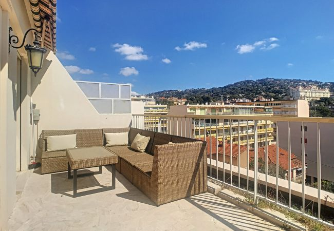 Apartment in Cannes - ⚜️Cannes-Modern apartment 2 bedrooms 15mn from Palais⭐